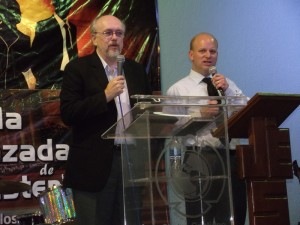 David interperting for Doctor Tim Hamon in Cuernavaca