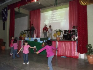 The children ministering praise and worship at the Tula seminar.